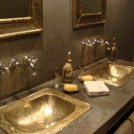 Riad hermes riad marrakech pas cher piscine riad marrakech for Zellige marocain salle de bain